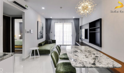 Luxurious apartment for rent at Saigon Royal, 2 rooms on high floor
